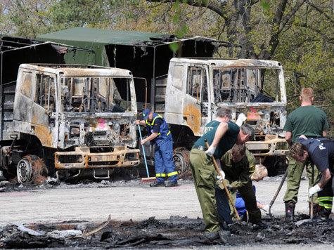 Finsterwalde: Razzien wegen Brand in Bundeswehrfuhrpark 2009