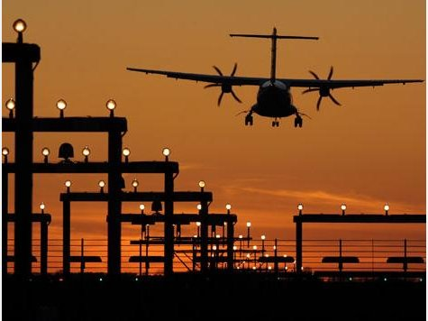 Auf deutschen flughäfen mehren sich blend-attacken durch laserpointer