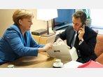 Fotos: Merkel schenkt Sarkozy einen Teddy
