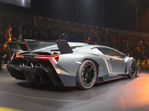 Lamborghini on 100 Km H  Die H  Chstgeschwindigkeit Betr  Gt 355 Km H     Lamborghini
